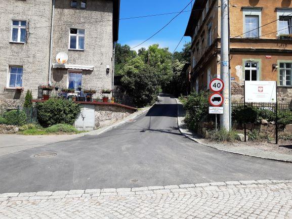 Zakończono remont drogi gminnej ul. Słowackiego w Walimiu
