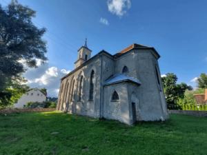 Glinno  – jedna z najstarszych wsi Gór Sowich