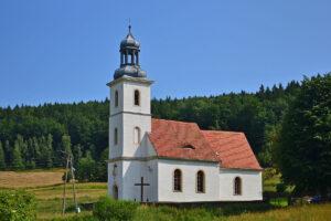Michałkowa – wieś ukryta wśród gór